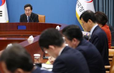 """李총리 """"경찰, 진주 방화살인범 막을 수 없었는지 돌이켜 봐야"""""""